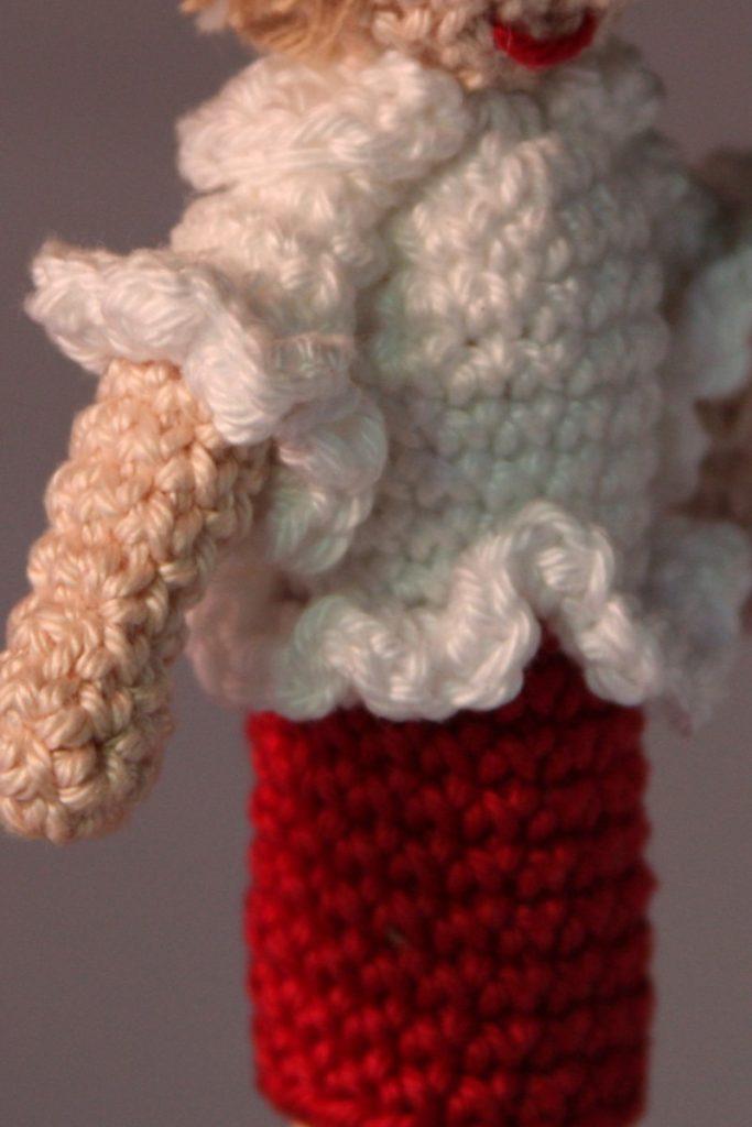 detail Vingerpoppetje oma blom