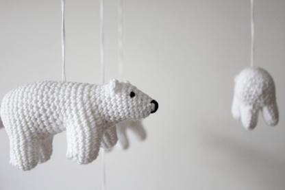 ijsbeer-haken-baby-mobiel